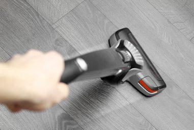 Best Kitchen Vacuum Cleaner: Cordless & Stick Vacuums Reviews